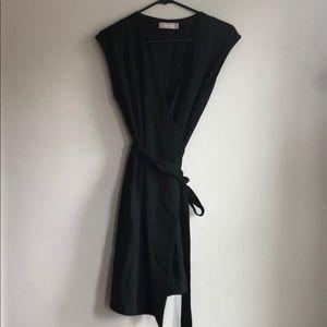 Everlane GoWeave Short Sleeve Mini Wrap Dress